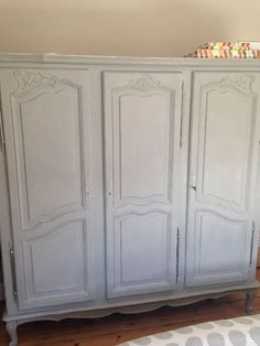 Real Life Decoration Inspiration: An Annie Sloan Wardrobe Makeover