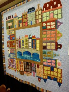 This year the Arizona Quilt Guild held their annual event at the Mesa Convention Center and it coincided with National/World Quilt Day. Art Quilting, Quilting Ideas, Quilt Patterns, Holland House, Diy And Crafts, Arts And Crafts, Amsterdam Houses, Dutch House, House Quilts
