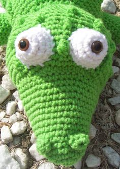 free crochet crocodile animal patterns | ... Review: Crocheted Softies: 18 Adorable Animals from Around the World