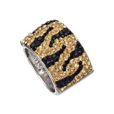 Chelsea Taylor Tiger Cigar Band Ring ($132) ❤ liked on Polyvore featuring jewelry, rings, bracelets, aladdin, jewels, fashion jewelryrings, tiger ring, animal jewelry, swarovski crystal rings et band jewelry