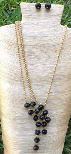Collar de cristales negros facetados y cadena de chapa