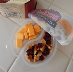 theworldaccordingtoeggface: Post Weight Loss Surgery Menus: Sargento Balanced Breaks