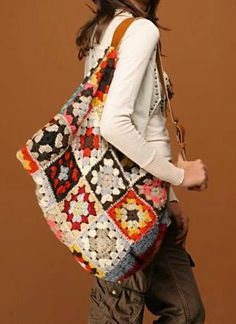 inspiration, crochet bags, backpack, crochet purs, granni squar, granny squares, crocheted bags, big bags, purses