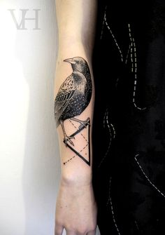 Love this tatt! Goes awesome with my raven and crow tatts!
