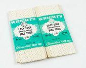 Vintage White Lacy Edge Bias Trim Wrights