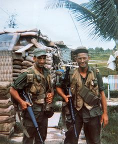 1967-07 Vietnam - arty FOs Sgt and Muller waiting to go on night patrol from Caroline camp near Trang Bang