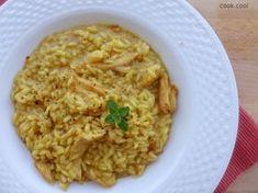 Ριζότο με κοτόπουλο και σαφράν | cookcool Diy Food, Risotto, Grains, Rice, Cooking, Ethnic Recipes, Recipes, Kitchen, Korn