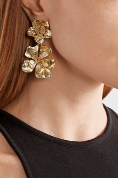 Oscar De La Renta Small Impatiens Flower Clip-On Drop Earrings, Green