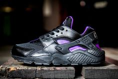 Nike Air Huarache – Black / Purple - http://athlitika-papoutsia.gr/nike-air-huarache-black-purple/