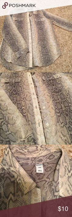 Snakeskin Button Down Sheer fabric. Very pretty top with grey Snakeskin print. Size large. No flaws Old Navy Tops Button Down Shirts