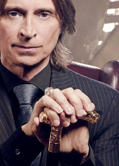 Leviathan(Robert Carlyle). fallen Seraphim of THE FALLEN. right hand man to Lucifer though he spends his time on earth. the commander of Azazel's fleet.