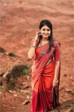 Bridal Silk Saree, Soft Silk Sarees, Saree Wedding, Wedding Wear, Ganesha, Engagement Saree, Saree Poses, Wedding Saree Collection, Silk Saree Blouse Designs