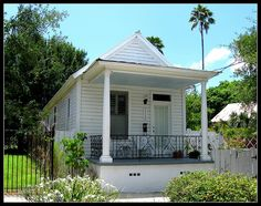 1000 images about small homes and cottages on pinterest for Modular shotgun house