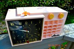 "POWDER Pink Mid Century Retro Jetsons 1957 Arvin 5561 Tube AM Clock Radio Works Great! DIMENSIONS: Approximately 13"" x 6"" x 7"" (l x w x h) COLOR: Powder-y Pink, soft pastel pink not hot pink. YOUTUBE"