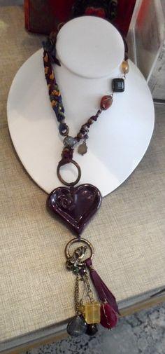 Le Penache necklace at Aurum Collections