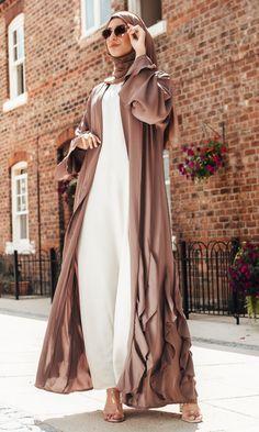 Niqab Fashion, Modest Fashion Hijab, Modern Hijab Fashion, Hijab Fashion Inspiration, Muslim Fashion, Mode Inspiration, Fashion Outfits, Mode Abaya, Mode Hijab