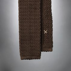 """Cri de la Soie"" Chocolate brown Knit Tie by Peacon, handmade in Germany! #knittie #sprezzatura #menstyle #gentleman"