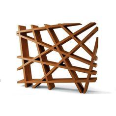 Abstraktes Raumteiler Design, das als Regal dienen kann