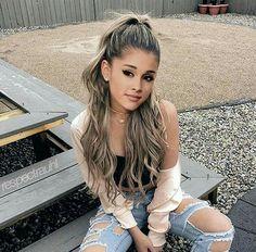 All Celebrities — older-notsowise: Ariana Grande Ariana Grande Fotos, Ariana Grande Outfits, Ariana Grande Hair Color, Ariana Grande Hairstyles, Ariana Grande Makeup, Justin Bieber, Adriana Grande, Dangerous Woman, Beautiful Celebrities