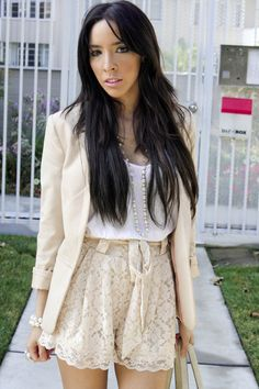 A LA CREME! I would love to wear this outfit for a date or a fun night out with the girls