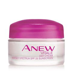 Revive the look and feel of tired skin with Anew Vitale Day Cream. Formulated with VitaTone Complex, it evens out skin tone, while returning vibrancy, reducing dullness and improving clarity. This day cream with SPF protection helps your skin look beautiful and protect it from further sun damage. 0.5 oz. net. wt.