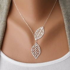 Creative Fashion Womens Necklace Girls Simple Metal Double Leaf Leaves Pendant Alloy Choker Necklace