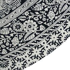 "Mandala Indian Round Tapestry Table Cloth Boho Beach Throw Yoga Mat 80"" Diameter: Amazon.co.uk: Kitchen & Home"