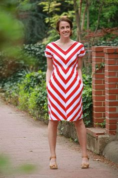 front edit Summer Chevron Dress: Sewvivor Round One Diy Clothing, Sewing Clothes, Clothing Patterns, Dress Patterns, Dress Sewing, Sewing Patterns, Diy Dress, Dress Skirt, Dress Up