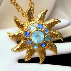 Striking Vintage GRAZIANO Large Blue Glass Stones Sun Star Convertible Pendant Necklace Brooch