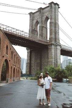 Elanor and Joel Dumbo elopement New York Architecture, Brooklyn Bridge Park, Manhattan Skyline, Capture Photo, Expecting Baby, New York City, Wedding Planning, Art Deco, Couple