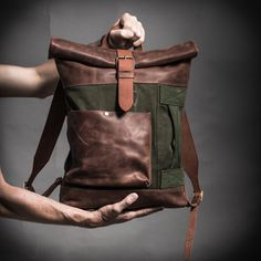 Canvas and leather backpack with military vintage por KrukGarage