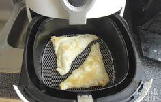 Deze appelflappen zijn net zo lekker als uit de oven Je kunt vrijwel alles maken in de Airfryer en appelflappen zijn hier geen uitzondering op. Natuurlijk kun je appelflappen gewoon ouderwets in de oven stoppen, maar in de Airfryer heb je een groot voordeel: ze zijn erg snel klaar! In principe Beignets, Fry S, Actifry, Multicooker, Air Fryer Recipes, Meal Prep, Good Food, Food And Drink, Favorite Recipes