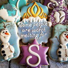 Disney Frozen cookies~           By dolce dessert, blue