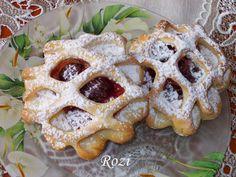 Rozi Erdélyi konyhája: Meggyes-kókuszos rácsos Waffles, Breakfast, Vaj, Cukor, Food, Morning Coffee, Meals, Waffle, Yemek