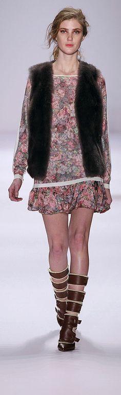 ❀ ESCADA SPORT 2012 2013 FALL ❀ http://en.flip-zone.com/fashion/ready-to-wear/fashion-houses-42/escada-sport