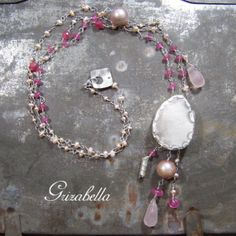 Grizabella: silver necklace with pearls and rubellite