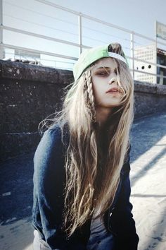 Grunge Street Cap - http://ninjacosmico.com/18-must-have-grunge-accessories-clothing/