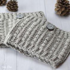 Malia Boot Cuffs - free crochet pattern at Little Monkeys Crochet Slouch Hat Crochet Pattern, Crochet Boot Cuffs, Crochet Boots, Crochet Patterns, Crochet Ideas, Scarf Crochet, Knitting Patterns, Crochet Granny, Loom Knitting