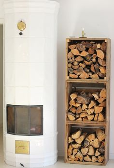 Wood Storage Rack, Firewood Storage, Wood Store, Scrap Wood Projects, Grey Houses, Decorating Blogs, Home And Living, Interior And Exterior, Home Furniture