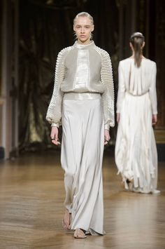 From WGSN Catwalks: Antonio Grimaldi - Haute Couture Spring/Summer 2017 Fashion 2017, Couture Fashion, Fashion News, Fashion Show, Womens Fashion, Spring Couture, Women Wear, Dressing, Bridesmaid Dresses
