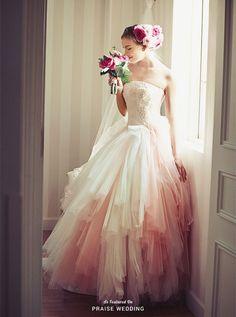 Dress: Elisabetta Polignano