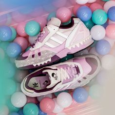 Hey Tea x Adidas ZX 7000 Merlot / Mauve / Lilac Credit : Asphaltgold — #adidas #heytea #sneakerhead #sneakersaddict #sneakers #kicks #footwear #shoes #fashion #style Adidas Zx, Adidas Sneakers, Latest Sneakers, Retro Sneakers, Mauve, Lilac, Sneaker Release, Hypebeast, Kicks