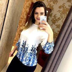 Do trabalho para a balada é a mensagem que essa blusa passa para você! Um Shape sofisticado e elegante! Aposte!!! Enviamos para todo o Brasil   Informações pelo (62) 8555-3020 Visite nossa loja física e veja quantas blusas lindas aguardam por você! #monamiboutique #moda #modafeminina #tendência #style #fashion #musthave #coleçãodeinverno #inverno2016 #correpracá #fashionurban #sempremonami #acessórios #novacoleção #lookslindos #temqueter #preçosótimos #galeria1 #setoroeste #goiânia…