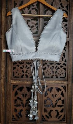 Blouse Lehenga, Lengha Blouse Designs, Fancy Blouse Designs, Blouse Neck Designs, Sari, Indian Blouse Designs, Blouse Styles, Indian Designer Outfits, Indian Outfits