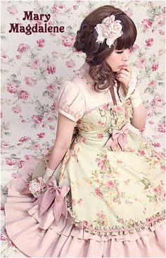 Classic Lolita- roses in garden colors, lace wrist gloves, floral hairpiece