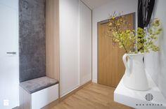 Realizacja nadmorskiego apartamentu - Mały hol / przedpokój, styl skandynawski - zdjęcie od MOA design