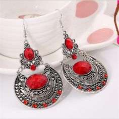 2016 New Popular Palace Vintage Pierced Engraved Earrings Woman  Jewelry Rhinestone High Quality Trendy