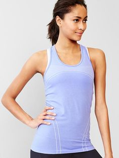 GapFit Motion heathered racerback tank