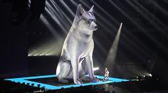 Miley concert - des. Es Devlin