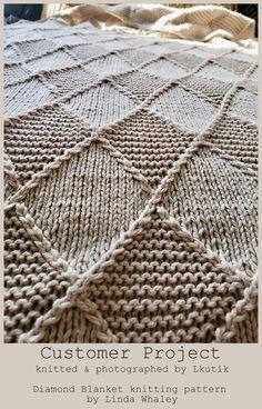 knitting blanket for beginners ~ strickdecke für anfänger ~ couverture à tricoter pour débutants Crochet Patterns For Beginners, Knitting For Beginners, Knitting Patterns, Knitting Blanket Patterns, Knitting Designs, Knitted Afghans, Knitted Blankets, Hand Crochet, Knit Crochet